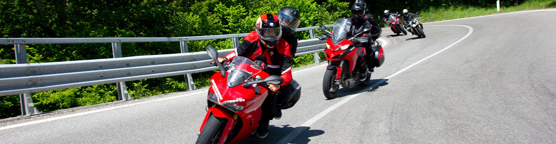 Make the most of your Ducati on the sweeping curves of Tuscany and Umbria in Tuscany